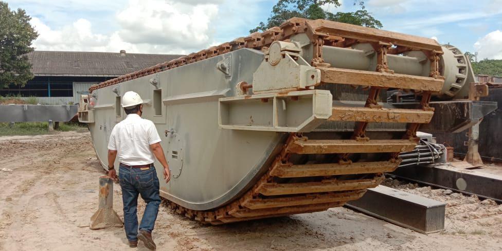 Proses Sertifikasi Amphibious Excavator PT PMP